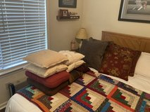 Nice Decorative Accent Pillows! in Beaufort, South Carolina