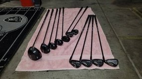 Golf clubs like new pinemeadow command BK right hand set in Travis AFB, California