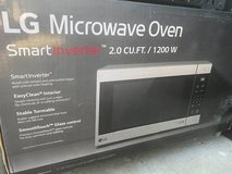 LG Countertop Microwave Smart Inverter Appliance 2.0 Cu Ft 1200W Stainless Steel in Camp Pendleton, California
