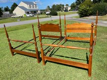 Antique Mahogany Full Size Poster Bed in Cherry Point, North Carolina