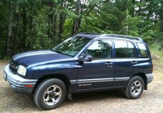 2000 Tracker 4x4 4dr 4cyl, AT, AC, daily driver runs excellent in Fort Lewis, Washington