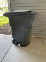 Large Trash Can in Quad Cities, Iowa
