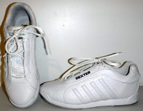 Like New! Dexter Bowling Shoes - Women's Size: 7.5M in Chicago, Illinois