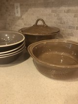 dishes in Fort Belvoir, Virginia