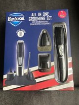Barbasol 7-Piece All-in-1 Grooming Set *** NEW in BOX *** in Fort Lewis, Washington