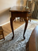 Console table in Fort Belvoir, Virginia