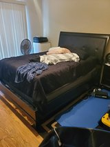 queen size bed in Camp Pendleton, California