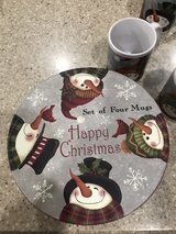 4 new snowmen cups with round box in Fort Campbell, Kentucky