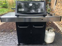 Weber Propane Gas Grill includes Tank in Glendale Heights, Illinois