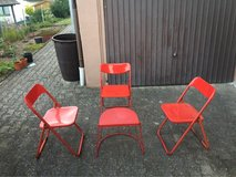 endtable + 3 folding chairs in Ramstein, Germany