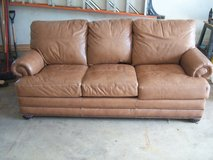 Bassett Leather Couch-Lightly used in Glendale Heights, Illinois