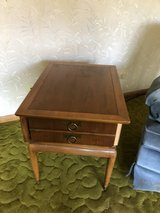 Mid century modern end table. Needs your TLC in Aurora, Illinois