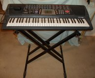 casio keyboard ctk 518 with stand in 29 Palms, California