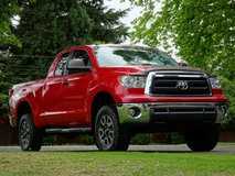 *SUPER CLEAN!* 2013 Toyota Tundra 4x4 Double/CREW *FREE WARRANTY!!* -  (LOW Payments/Good Trades... in Fort Lewis, Washington