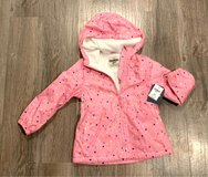 NEW WITH TAGS - Oshkosh Girls Midweight Hooded Jacket. Pink with Hearts. Size 4 (S) in Glendale Heights, Illinois