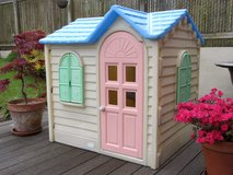 Little Tikes Country Cottage Yellow Child Size Playhouse Play House in Glendale Heights, Illinois