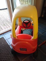 Little Tikes Cozy Coupe Ride on Child Size Car Tykes in Glendale Heights, Illinois