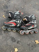 Men's size 10 roller blades in Glendale Heights, Illinois