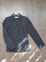 Womens Business suit w pants by Tahari size 4 in San Diego, California