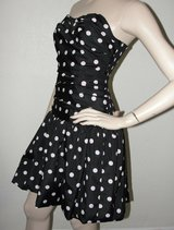 LUELLA by TARGET Size 7 Strapless Ruched Bubble Prom Dress Black Pink Polka Dot in Camp Pendleton, California
