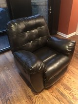Leather couch with pull-out bed + leather recliner in Chicago, Illinois