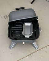 Pampered Chef Indoor/Outdoor Grill in Warner Robins, Georgia