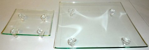 Set of 2 Prima Donna Art Glass footed Serving Tray / Plate / Platters in Westmont, Illinois
