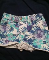 Old Navy Shorts in bookoo, US