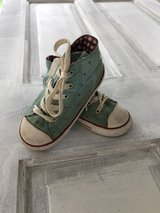 Toddler Girl Converse Chuck Taylor All Star Hi-Tops in Glendale Heights, Illinois