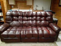 Lazy boy recliner couch in Chicago, Illinois