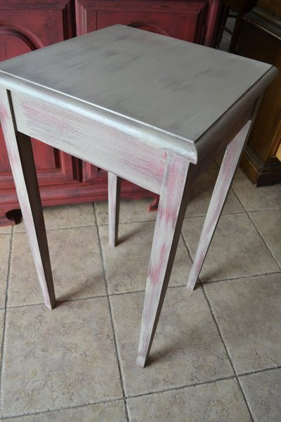 Shabby Distressed Rustic Side Accent Or Corner Table