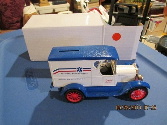 Collectors Special Edition - Model Car Of An EMS Ambulance