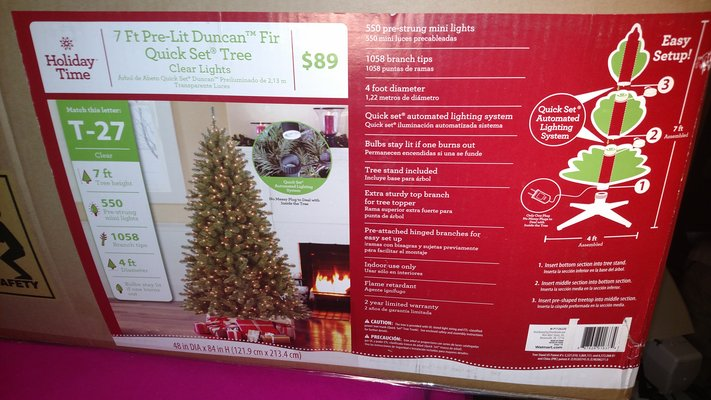 huge selection of d65ed 399be Holiday Time Pre-Lit 7' Duncan Christmas Tree, Green, Clear ...