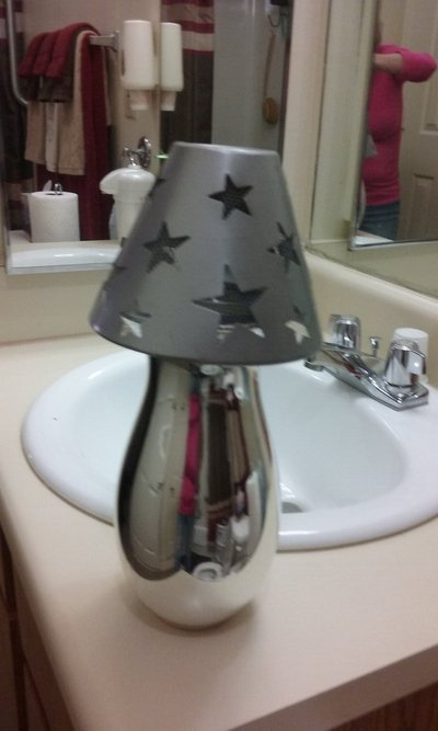 SILVER GLASS VASE W/TIN STAR SHADE In Camp Lejeune