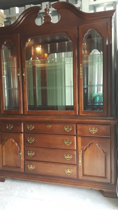 Kincaid China Cabinet(credit Card Accepted) In Camp Lejeune