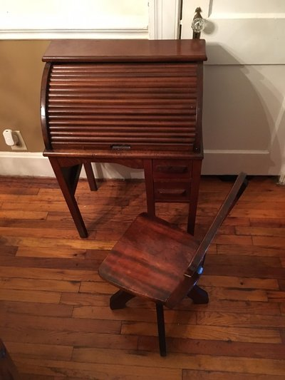 Antique childs roll top desk in Columbus - Antique Childs Roll Top Desk Furniture: Home - By Owner For Sale