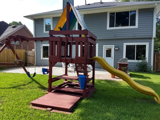 Pending Sale 7 4 8am Tree Frogs Swing Set Lawn Garden For Sale