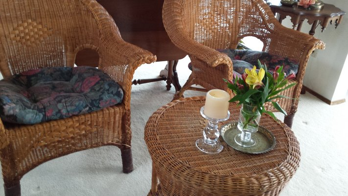 Vintage wicker patio set 1940's in Fort Lewis - Vintage Wicker Patio Set 1940's Furniture: Home - By Owner For
