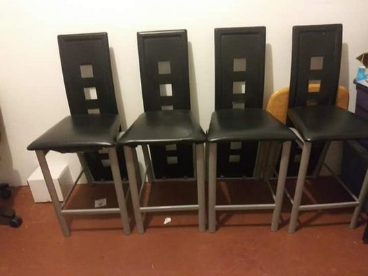 4 Bistro Style Chairs In Fort Bliss