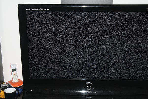 40 inch TV with a small defect in Ramstein | Televisions for sale on