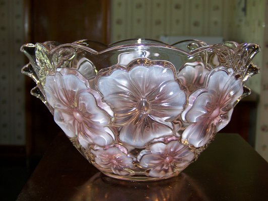 Vintage Crystal Glass Bowl Vase With Pink Frosted Flowers Home
