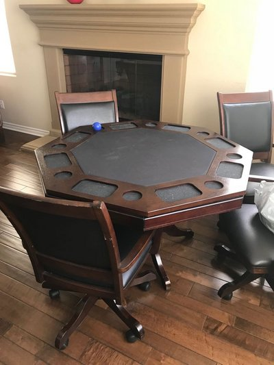 Poker/Game Table With 4 Chairs $500 Obo In