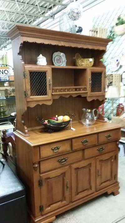 Buffet Hutch Tell City Furniture Home By Owner For Sale On