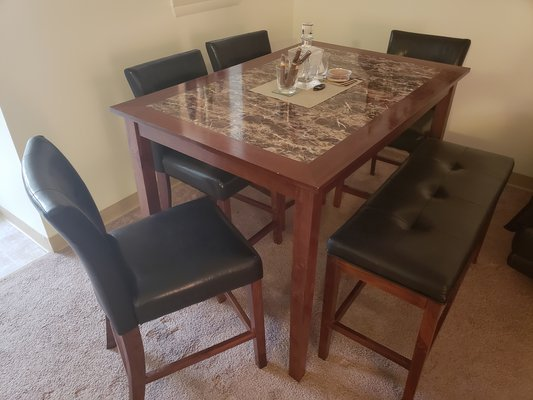 Dining Room Table W/ 4 Chairs And Bench In Fort Drum