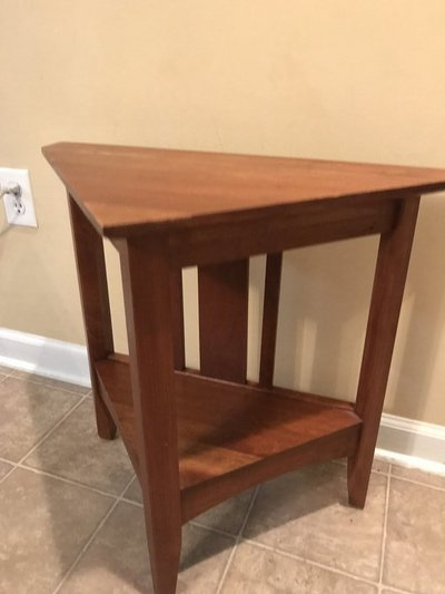 Corner Table In Perry