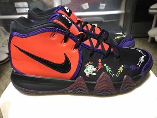 official photos cda91 7ba38 Kyrie 4 Day of the Dead | Shoes for sale on Okinawa bookoo!
