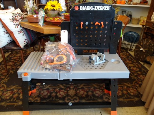 Outstanding Black Decker Toy Workbench Toys Games For Sale On Ibusinesslaw Wood Chair Design Ideas Ibusinesslaworg