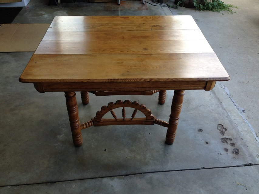 Tabl stuff for sale in peru il for 100 year old oak table