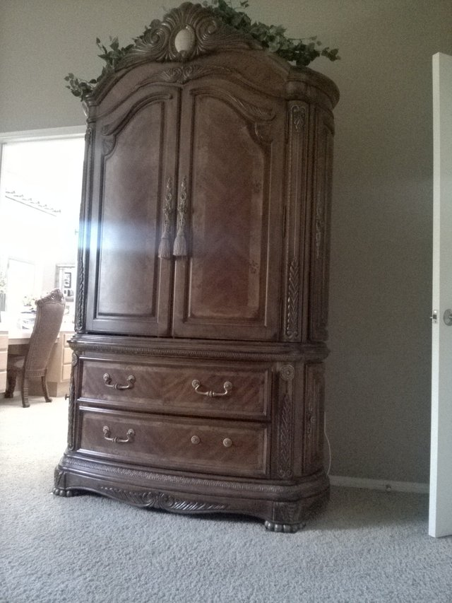 used armoire for sale used furniture in ca. Black Bedroom Furniture Sets. Home Design Ideas