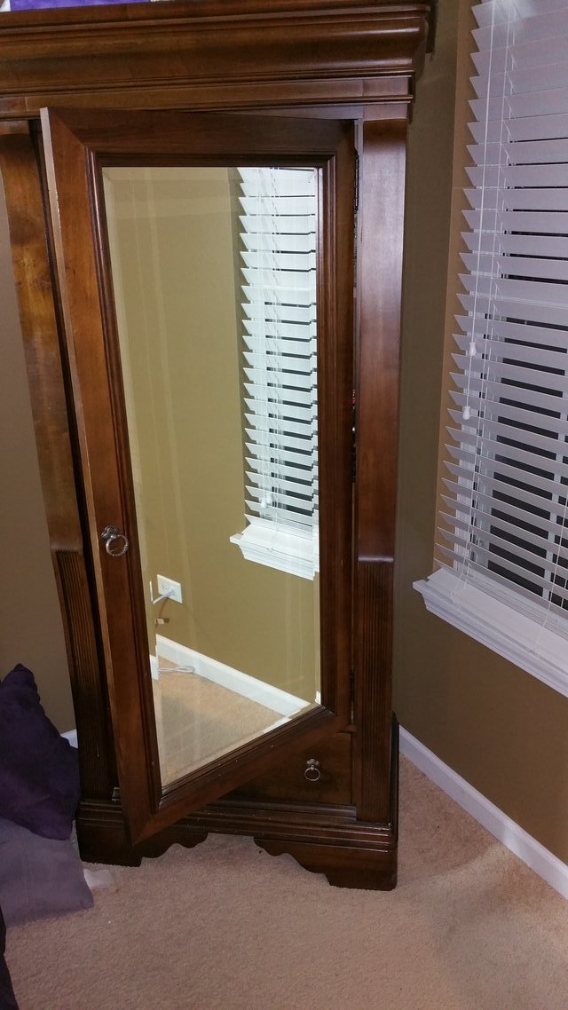 used armoire for sale used furniture in il. Black Bedroom Furniture Sets. Home Design Ideas